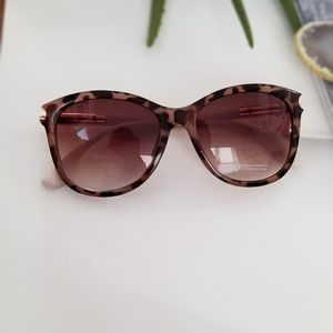 New York & Company Accessories - New York and Company Sunglasses